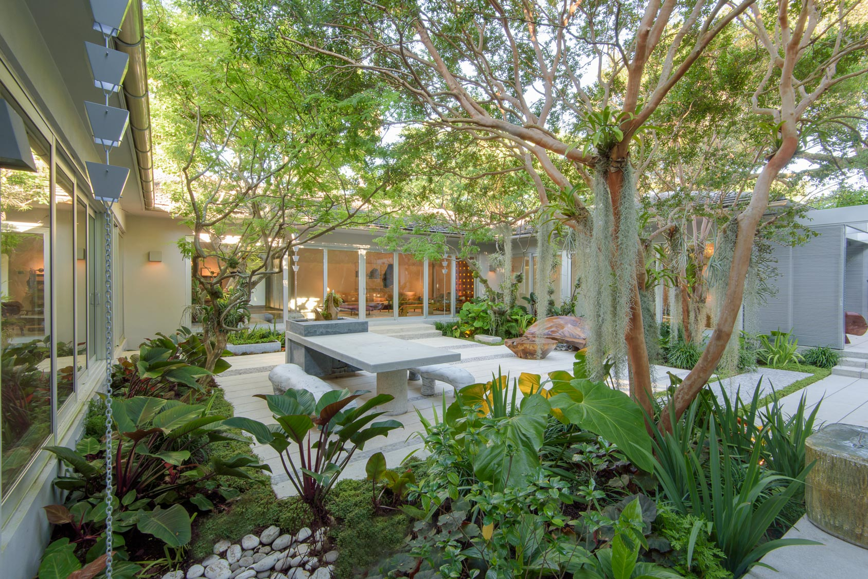 Miami-Beach-Residential-Garden-4