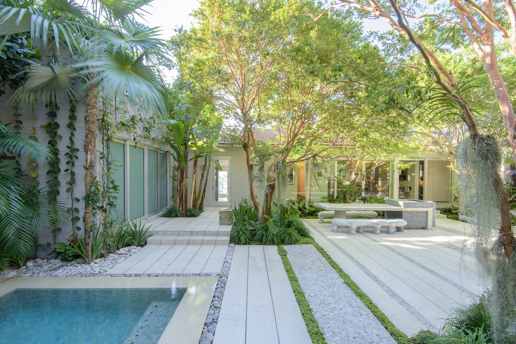 Miami-Beach-Residential-Garden-8