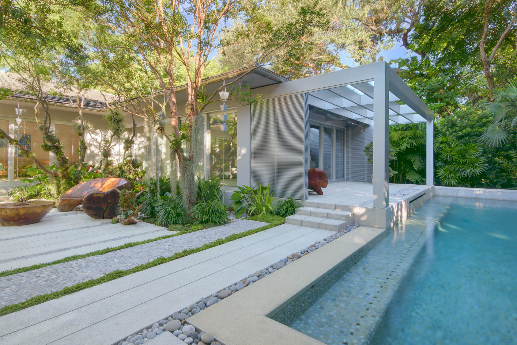 Miami-Beach-Residential-Garden-9